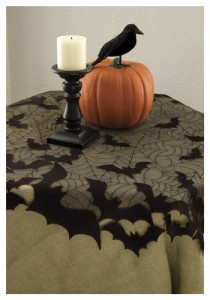 bat-round-table-topper-210x300